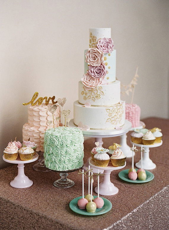 inspiring-wedding-cake-and-dessert-tables-10
